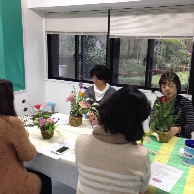 武蔵小杉 フラワーアレンジメント教室の様子